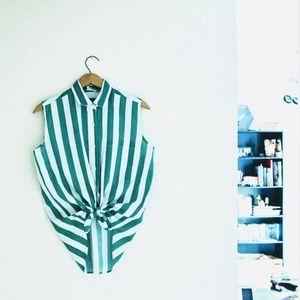 Vtg Green striped shirt